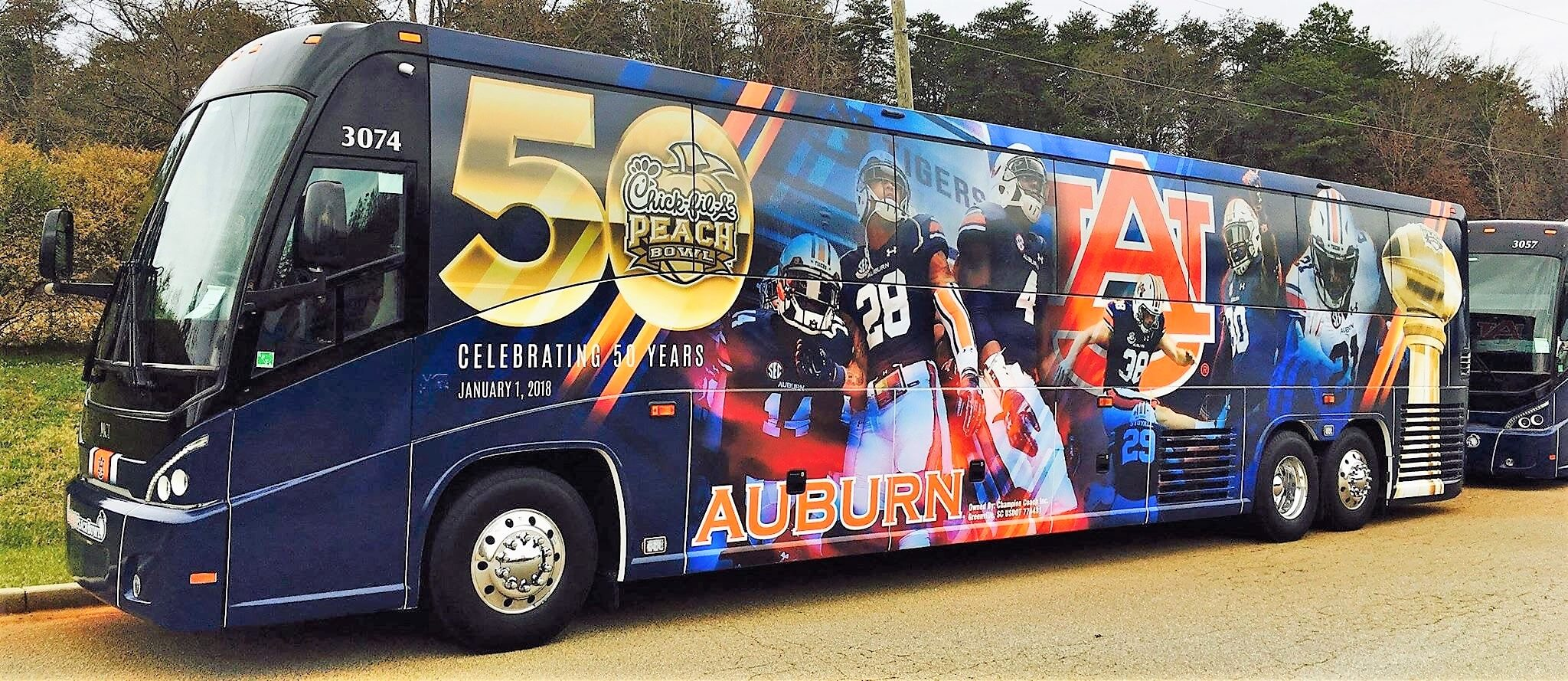 Bus wrap sports team Turbo Images